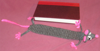 Crochet rat bookmark1